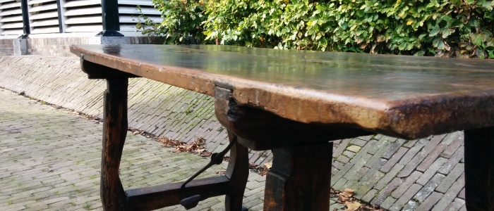 Vind bij ons uw antieke tafel eettafel salontafel bijzettafel - Tafel stockholm huis ter wereld ...